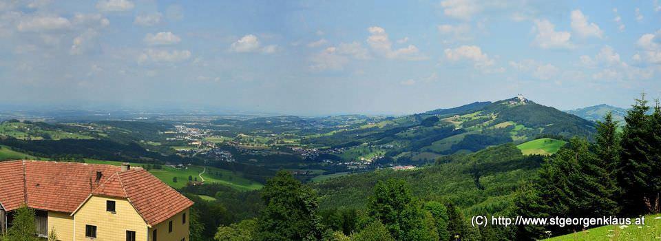 Blick Richtung Nord-Ost, im rechten Teil der Sonntagberg